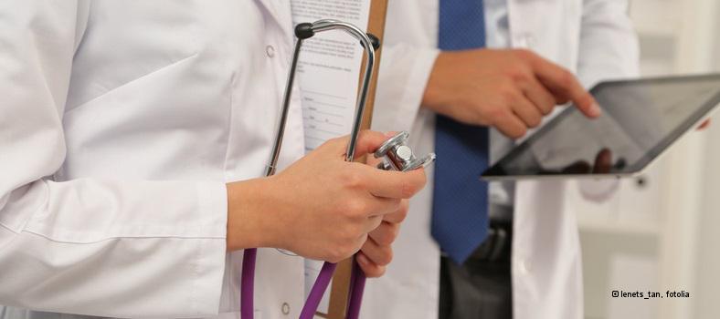 doctors-lenets_tan-fotolia