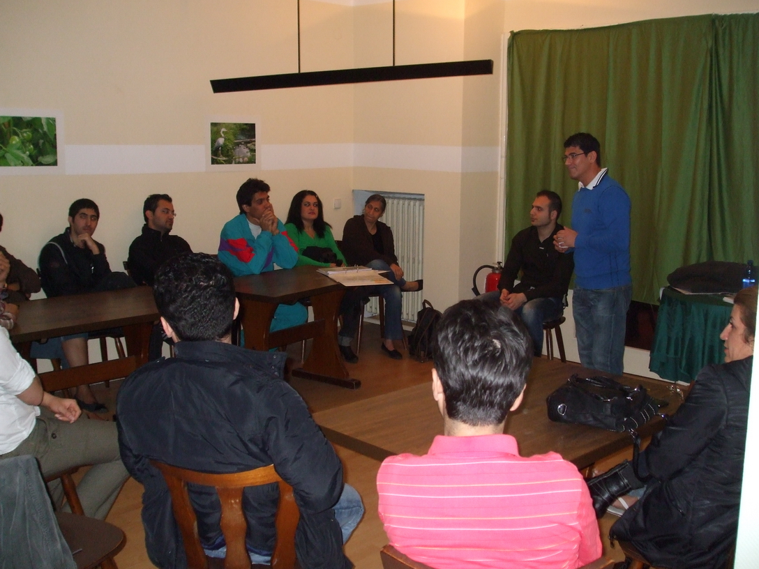 2012-10-21, Vortrag Asylbewerberheim Schoeneberger Ufer 75 - 02