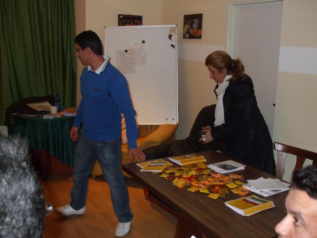 2012-10-21, Vortrag Asylbewerberheim Schoeneberger Ufer 75 - 12